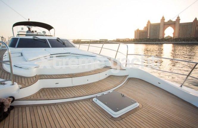 86ft Luxury Yacht Rental-13