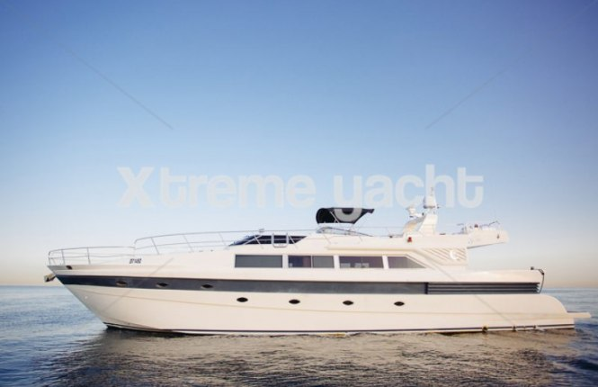 86ft Luxury Yacht Rental-7