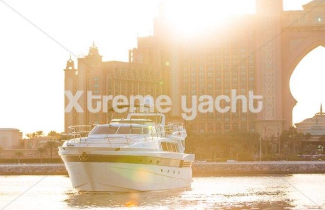 86ft Luxury Yacht Rental-9