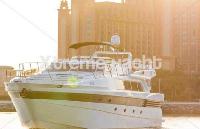 86ft Luxury Yacht Rental-10