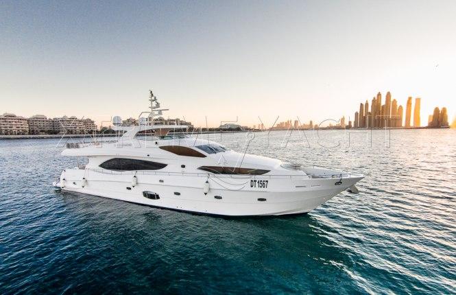 101ft Luxury Superyacht-3