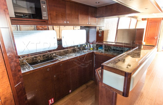88ft Luxury Superyacht-9