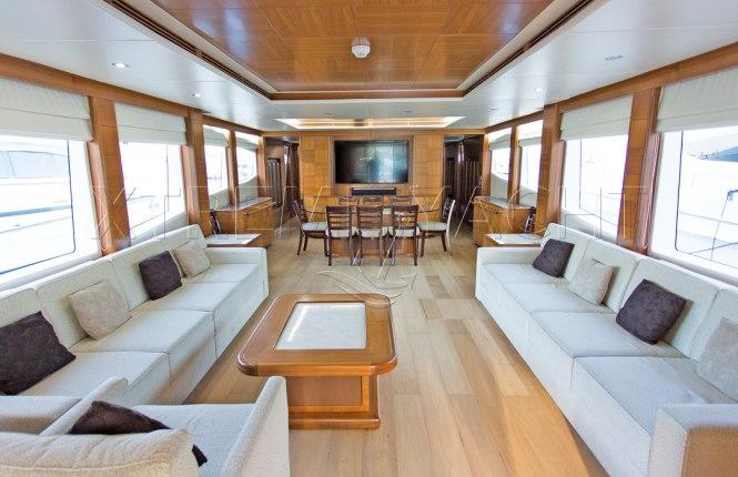 101ft Luxury Superyacht-12