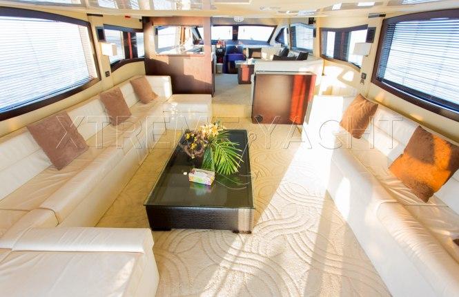90ft Spacious Yacht Rental-10