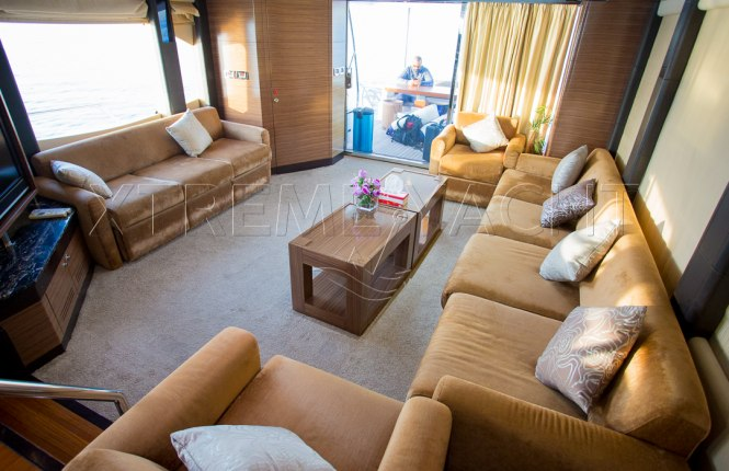 77ft Luxury Super Yacht-9