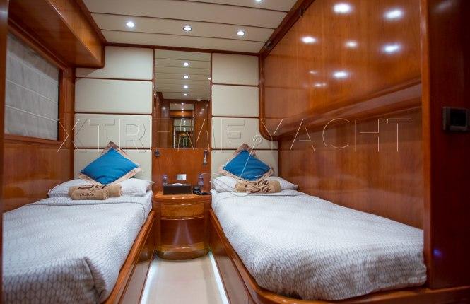 90ft Luxury SuperYacht-11