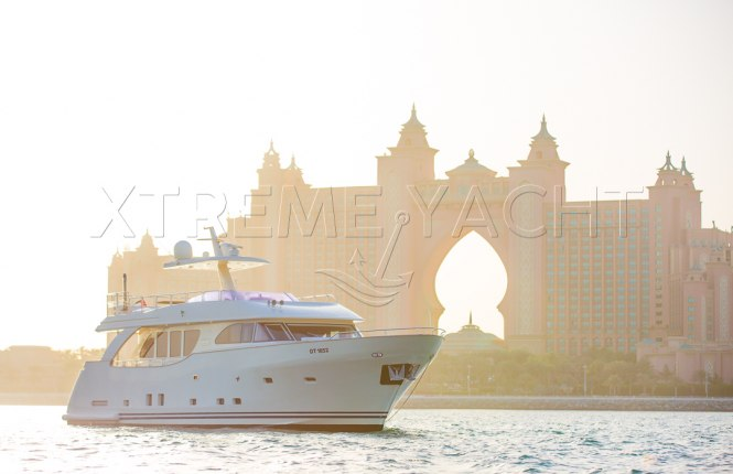80ft Beautiful Yacht Rental-2