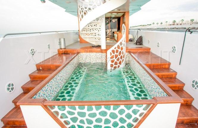 88ft Luxury Megayacht-9