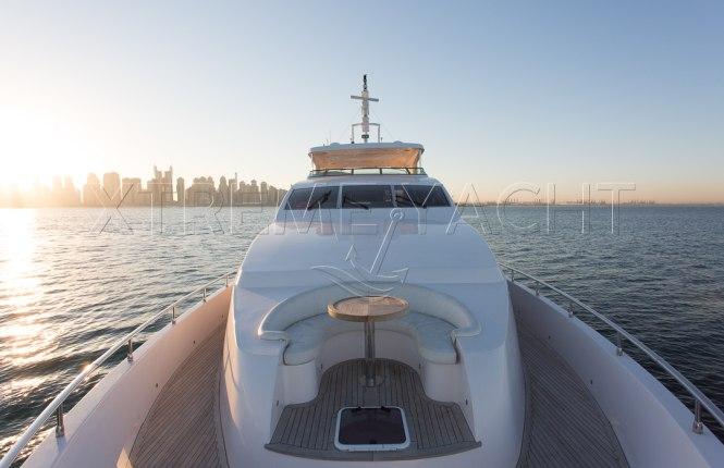 101ft Luxury Superyacht-11