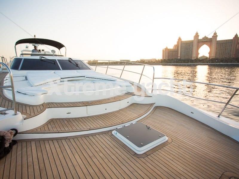 86ft Luxury Yacht Rental-12