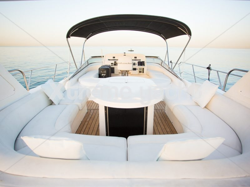86ft Luxury Yacht Rental-15
