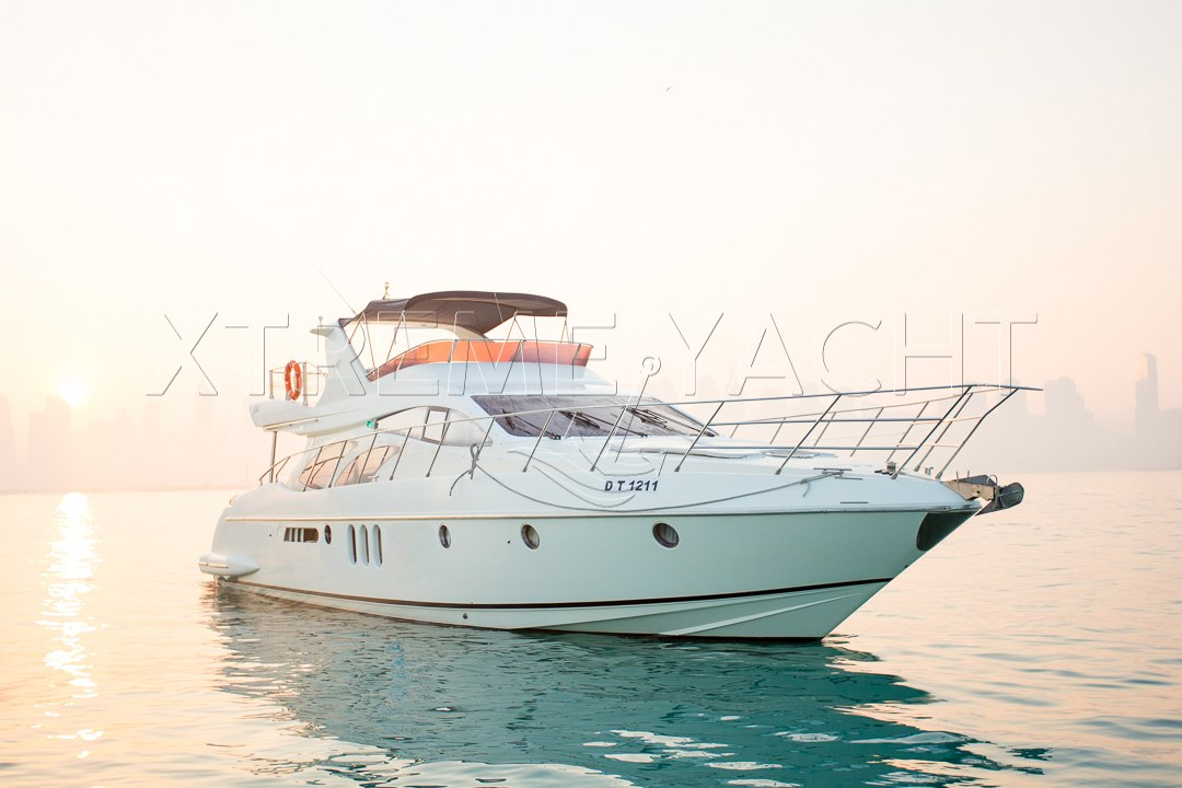62ft Yacht Rental in Dubai Marina-1
