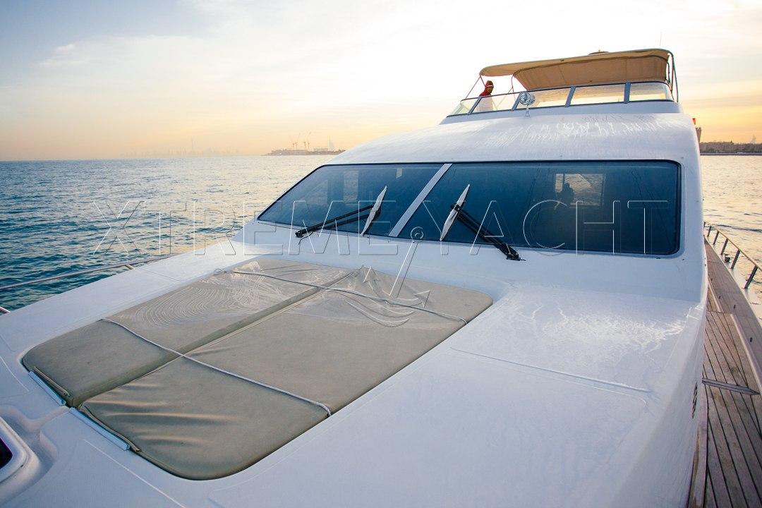 77ft Luxury Super Yacht-4