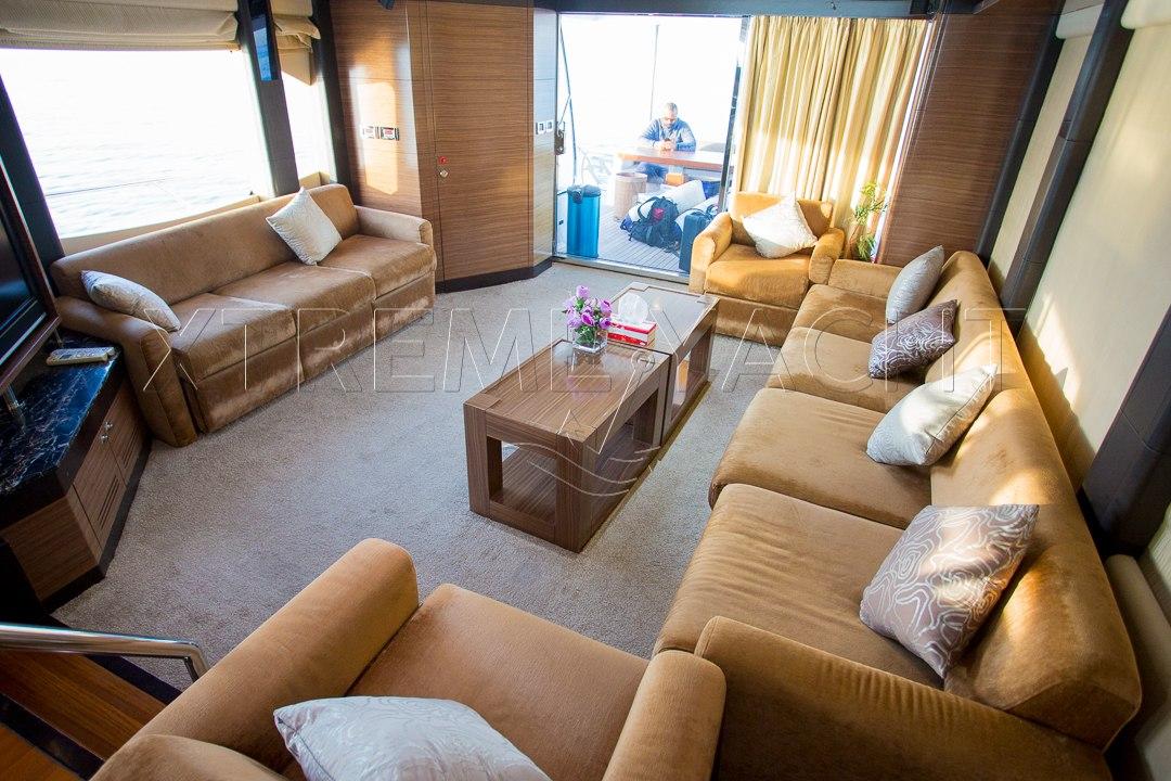 77ft Luxury Super Yacht-8