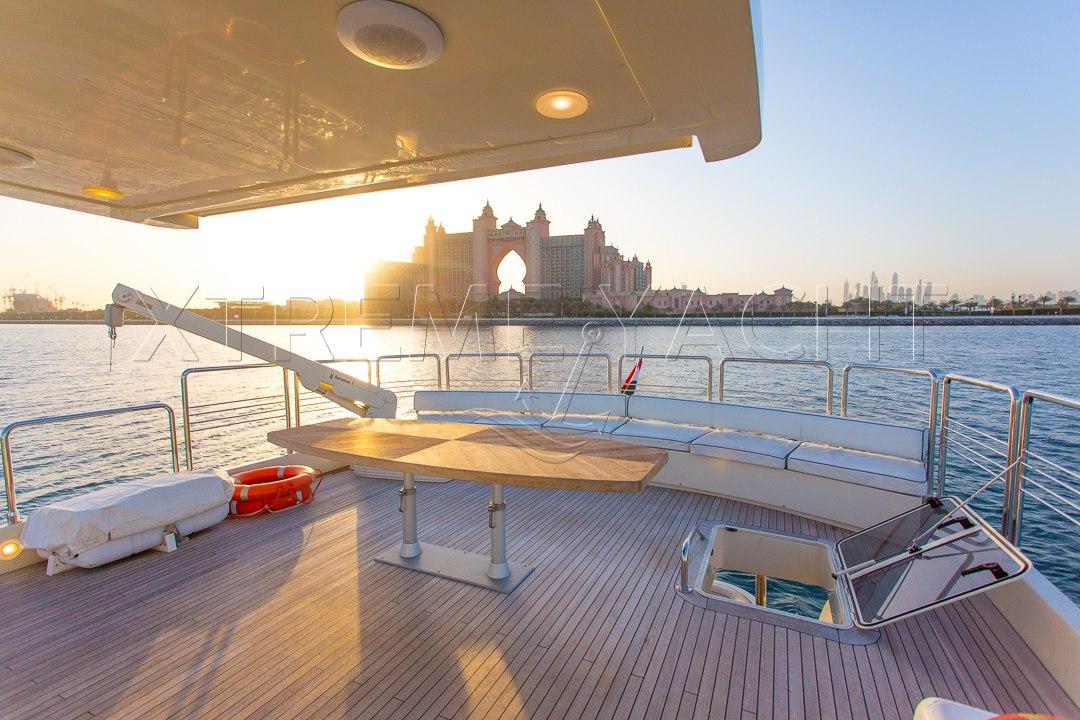 80ft Beautiful Yacht Rental-5