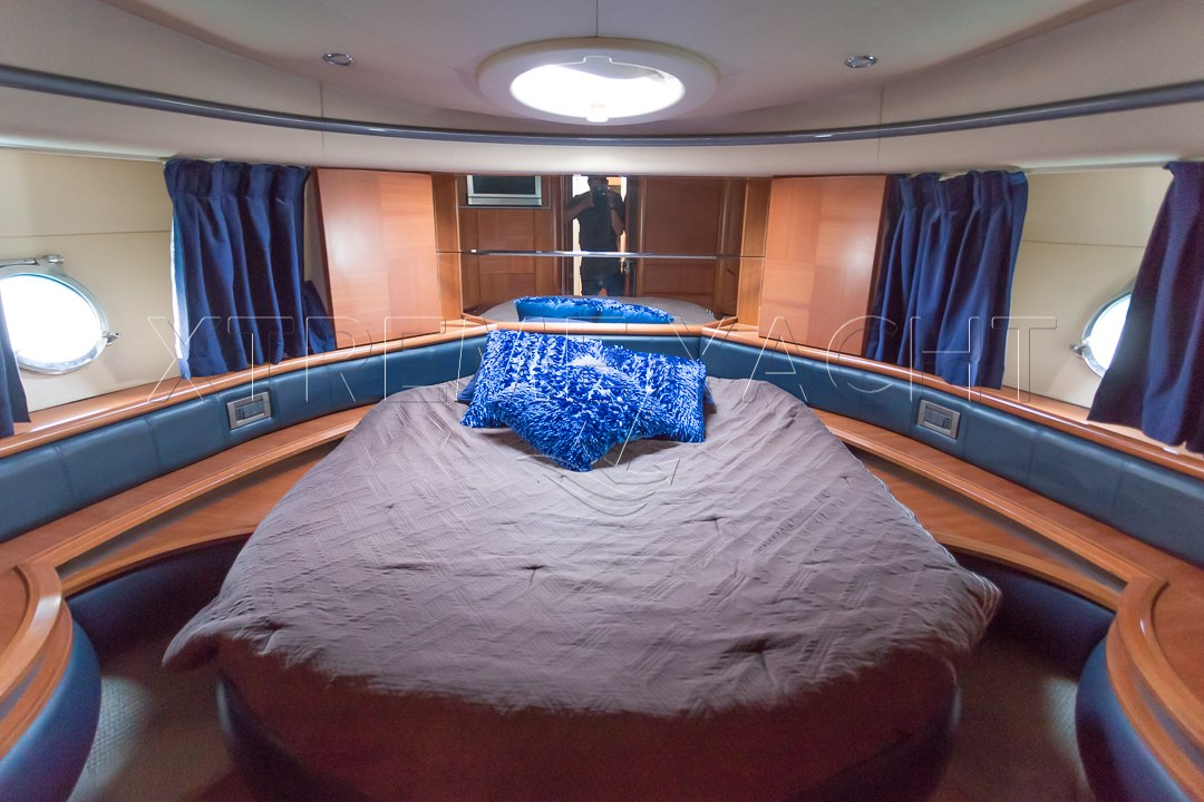 50ft Yacht Rental-10