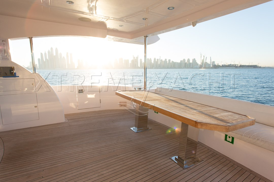 101ft Luxury Superyacht-9