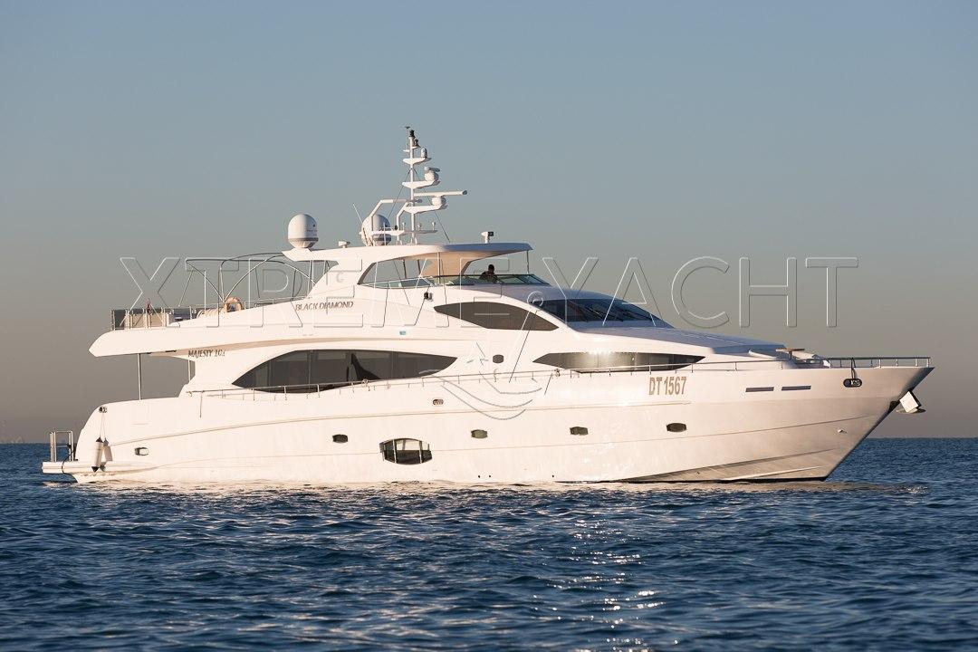 101ft Luxury Superyacht-0