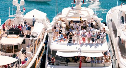 Here's Your Dubai Yacht Party Essentials