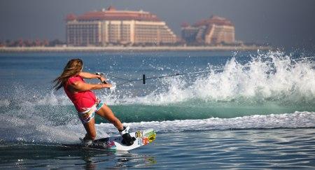 Wakeboarding in Dubai