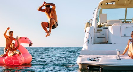Best Boat Party Yacht Rental Dubai