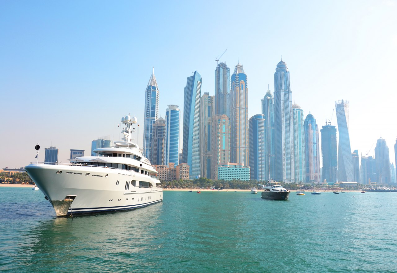 rent a yacht in Dubai